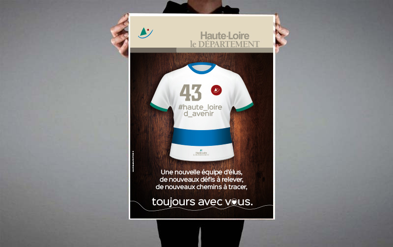 """Création de la campagne abribus """"Nouvelle Assemblée"""" du Département de la Haute-Loire"""