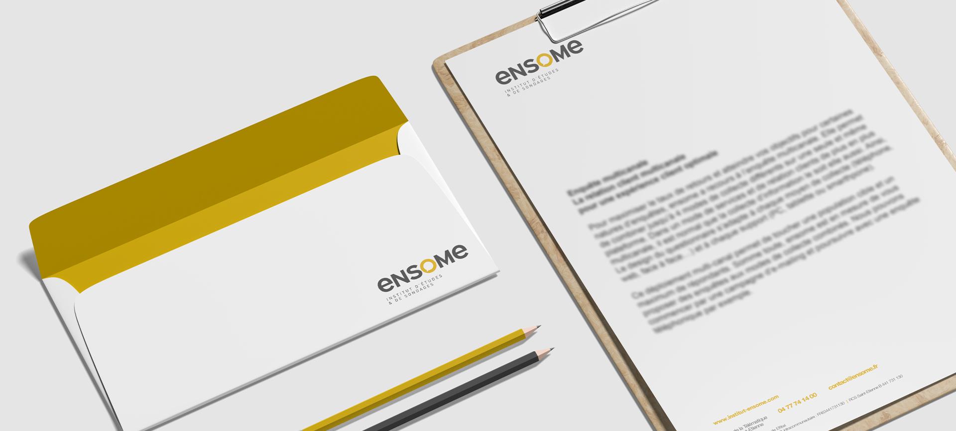 Papier à lettre pour la création d'une nouvelle marque