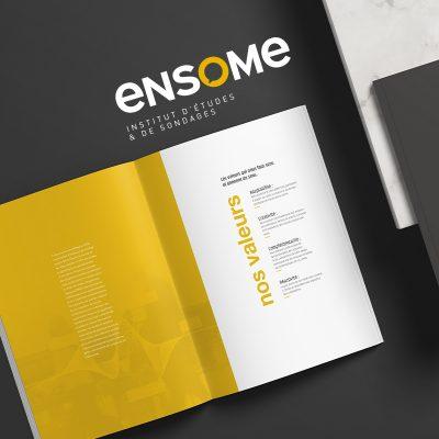 Mockup Brandbook carré d'Ensome pour la création d'une nouvelle marque