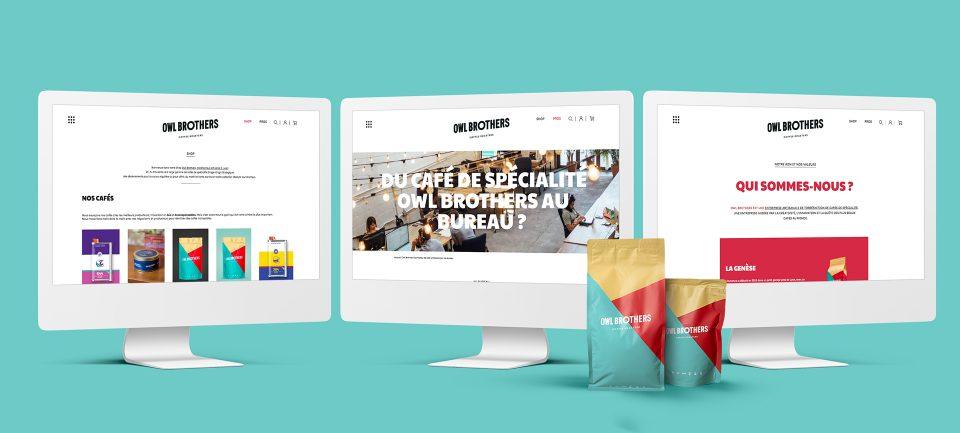 Bandeau en mockup de trois ordinateurs présentant le nouveau site e-shop d'Owl Brothers